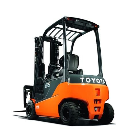 Toyota Traigo 48 4roues 2t compact