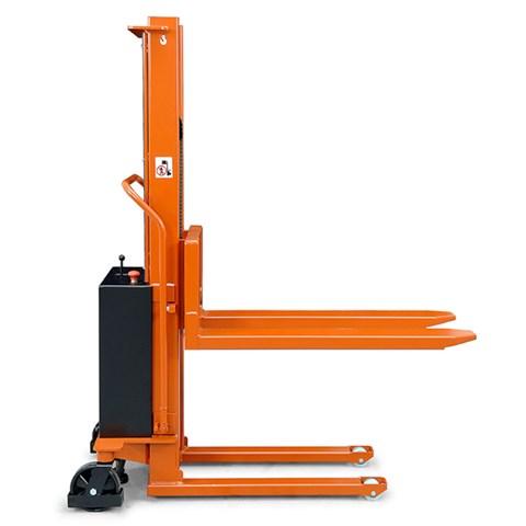 BT Lifter Electric Stacker